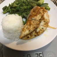 Chicken breast, white rice, green vegetable mix